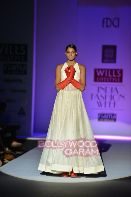 Virtues_WIFW 2015-0