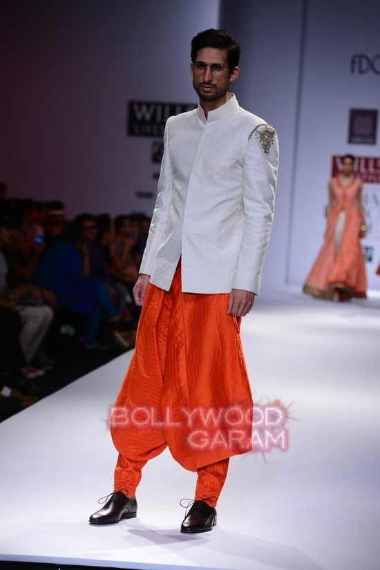 Virtues_WIFW 2015-14