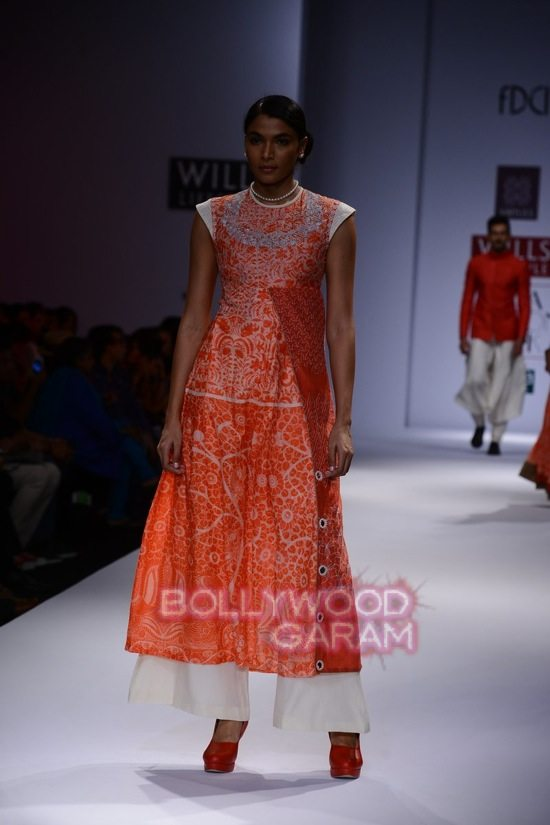 Virtues_WIFW 2015-16