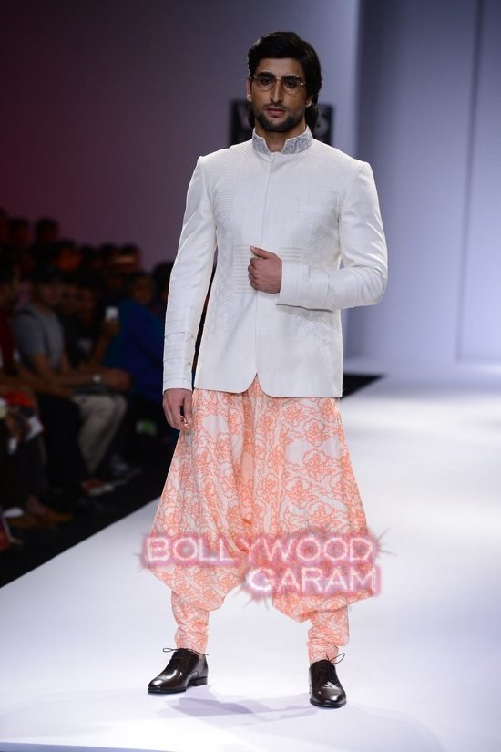 Virtues_WIFW 2015-9