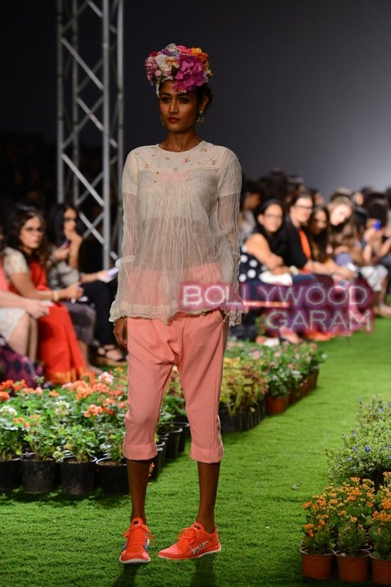Wills Lifestyle India Fashion-18