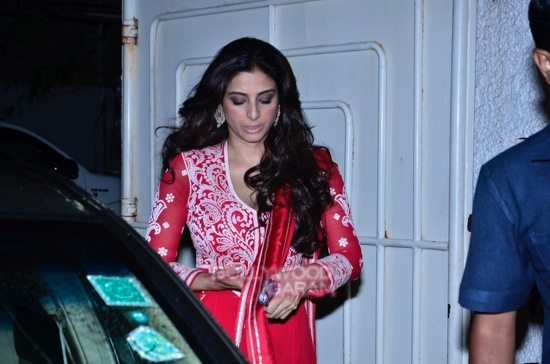 celebs at haider screening-15
