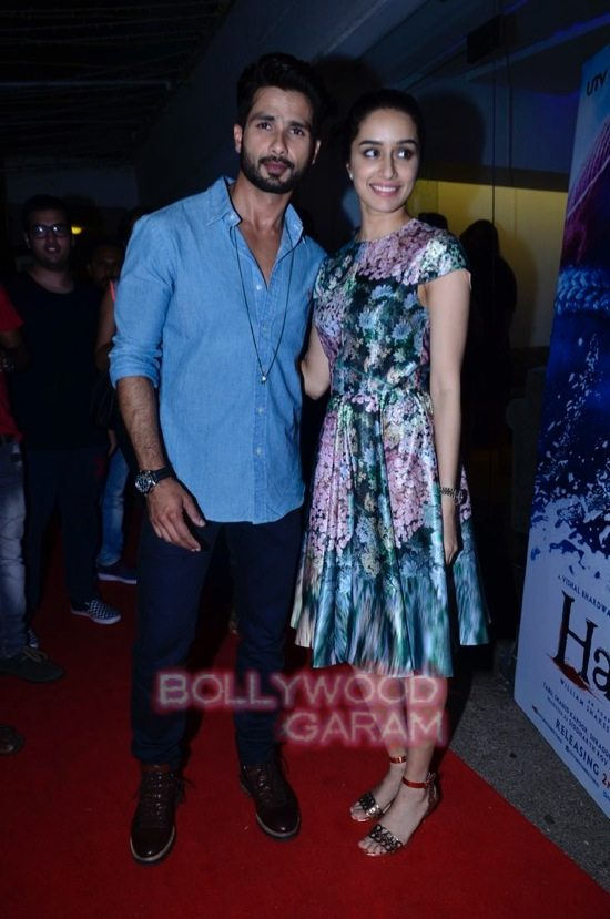 celebs at haider screening-19