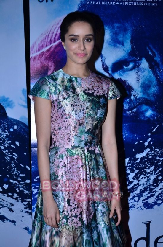 celebs at haider screening-4