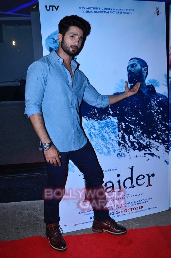 celebs at haider screening-8