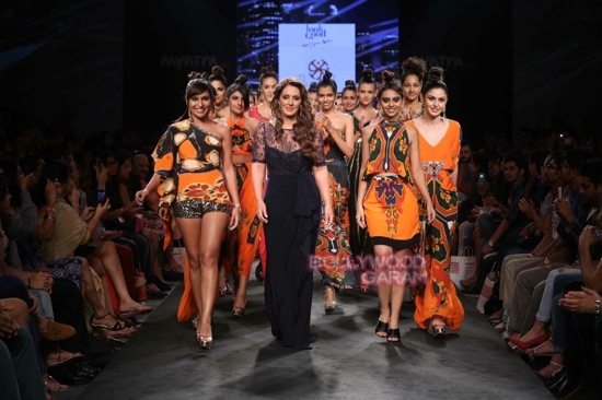 pria kataria puri boho myntra fashion week-5