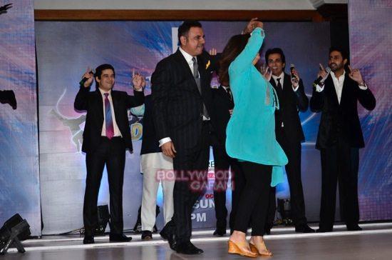 shahrukh abhishek farah khan zee tv dance show-12
