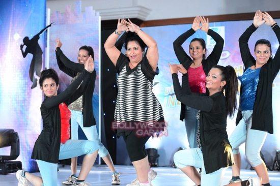 shahrukh abhishek farah khan zee tv dance show-21