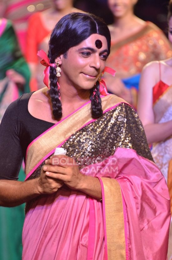 sunil grover gutthi myntra Fashion -11