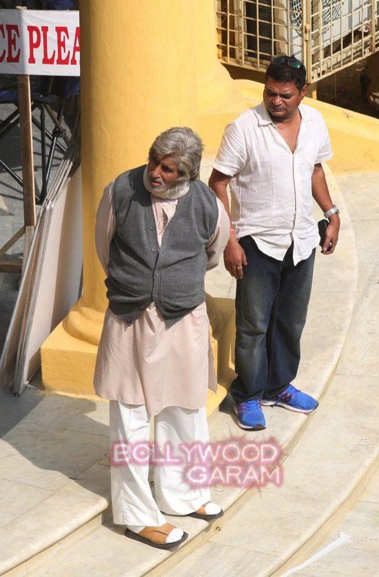 Piku_AMitabh Bachchan_Deepika Padukone_irrfan khan movie_-10