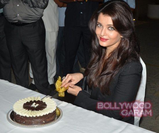 Aishwarya Rai media birthday celebration-5