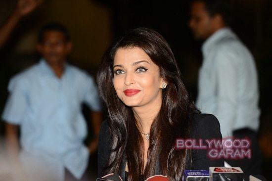 Aishwarya Rai media birthday celebration-7