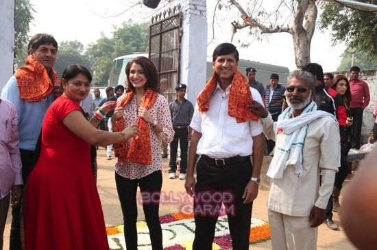 Anushka SHarma_Support my school campaign-2