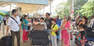 Salman Khan's family departs for Arpita Khan's wedding