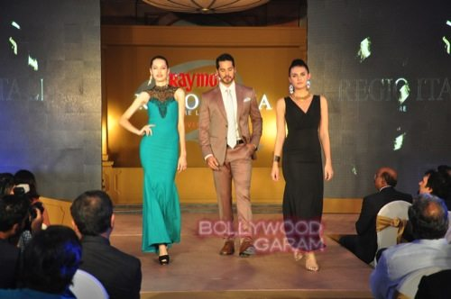 Dino Morea_Raymond launch-5