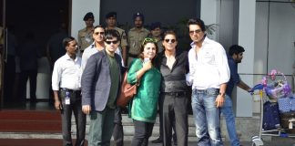 Shahrukh Khan, Farah Khan and Vivaan Shah at airport