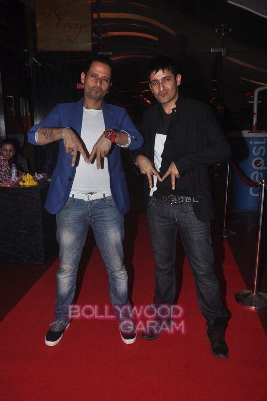 Hrithik Roshan and zayed khan_-3