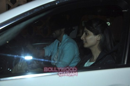 Hrithik with kunal kapoor and sonali bendre-4