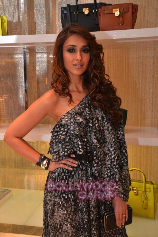 Ileana_Tamannaah_Aditi Rao Hydari_fashion brand store launch-31