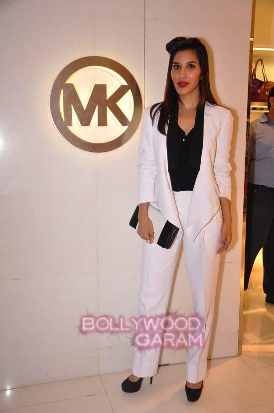 Ileana_Tamannaah_Aditi Rao Hydari_fashion brand store launch-8