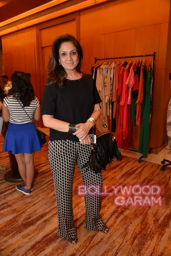 Ira Dubey at trunk show-4