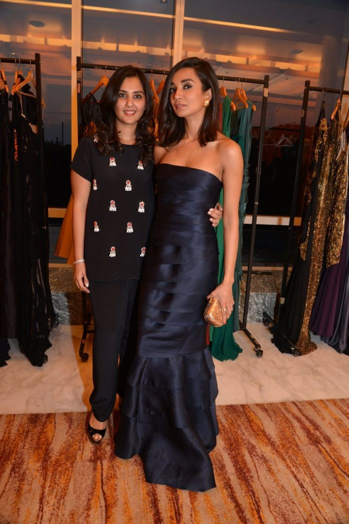 Ira dubey trunk show