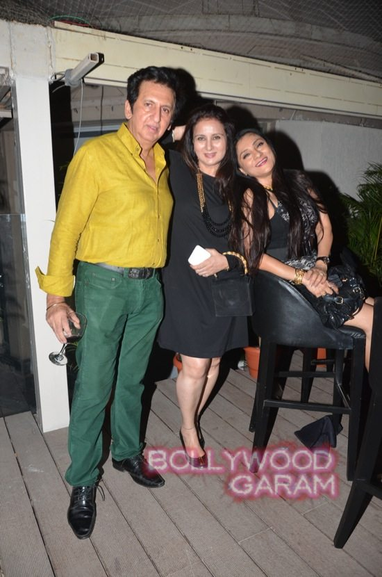 Isha Koppikar at Mahika Mirpuri birthday bash