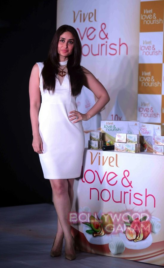 Kareena vivel's new beauty bathing suits-4