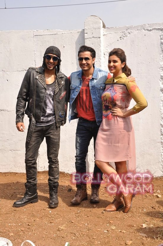 Kil Dil painting promotions-2