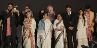 Amitabh Bachchan, Jaya Bachchan and Aishwarya Rai inaugurate 20th Kolkata International Film Festival – Photos