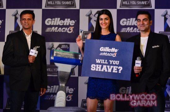 Kriti Sanon-Arbaaz-Khan-Rahul-Dravid-Gillette-3