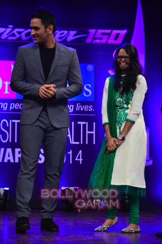 MS Dhoni and Zaheer Khan_positive health awards-14
