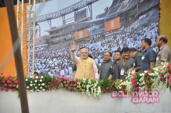 Maharashtra CM swearing in-7