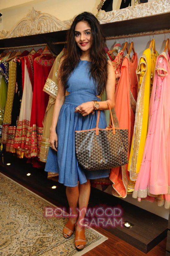 Malini agarwalla new flagship store_Kajol-4