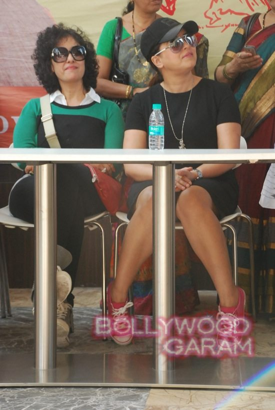 Manisha Koirala and Mahima cleanliness -5