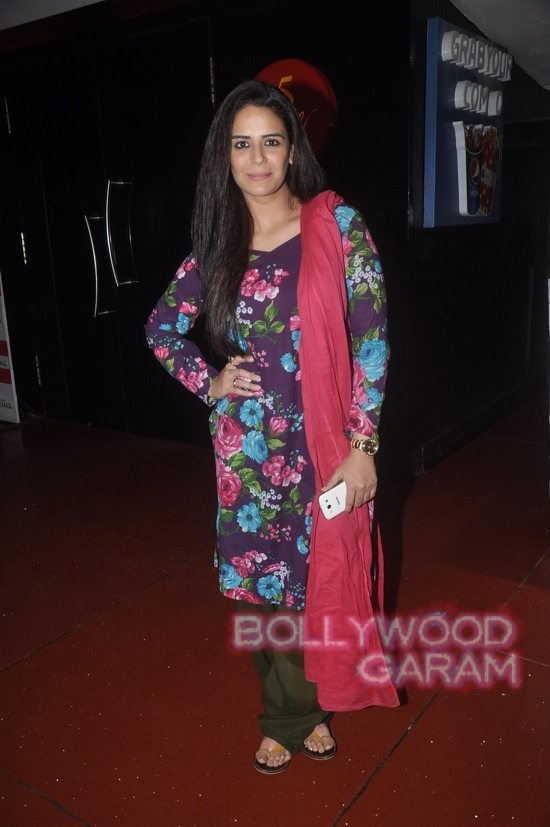 Mona Singh and Hrishita Bhatt at Zed Plus trailer event-2