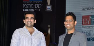 MS Dhoni and Zaheer Khan at 9th Positive Health Awards – Photos