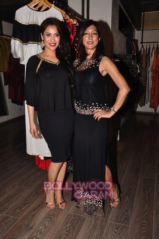 Rashmi Nigam and Pryanka B_Atosa-15