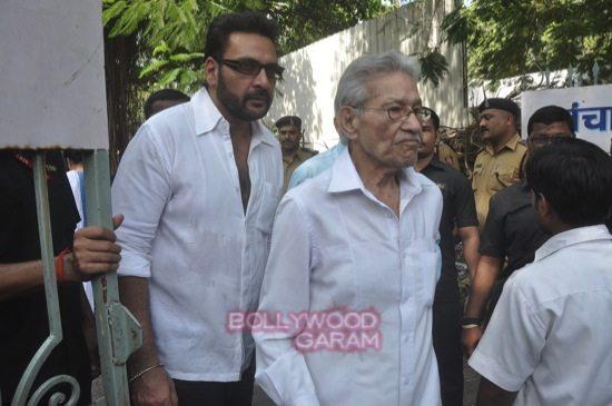 Ravi C funeral ceremony_celebs-7