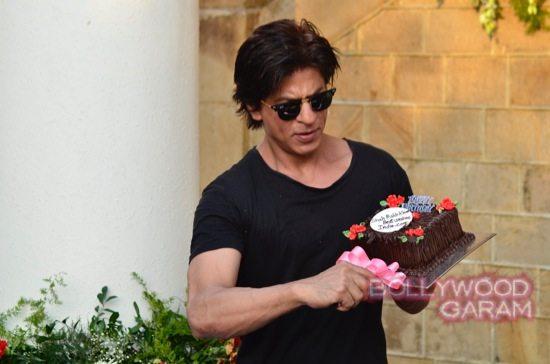 SRK 49 birthday-11