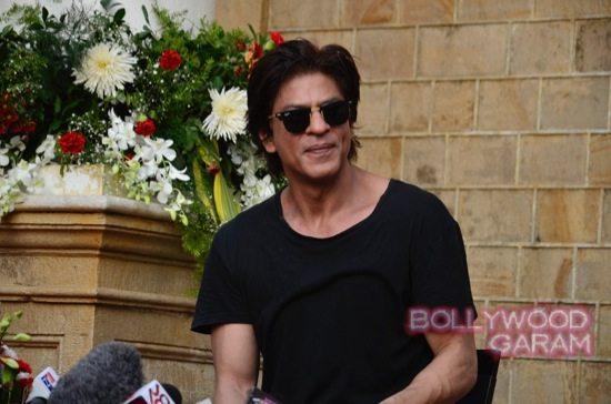 SRK 49 birthday-12