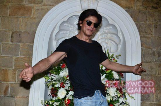 SRK 49 birthday-17