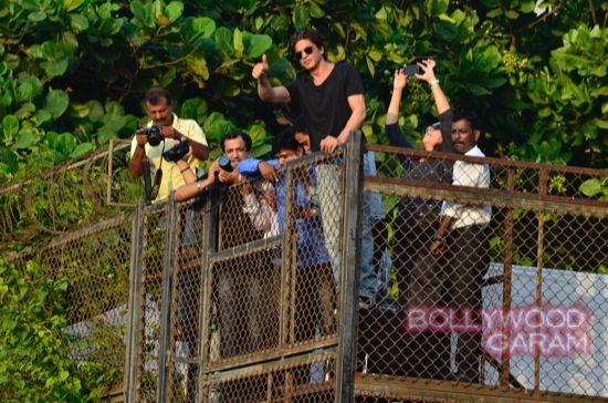 SRK 49 birthday-5