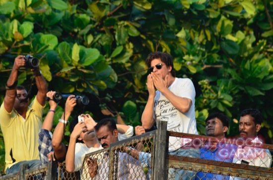 SRK 49 birthday-9
