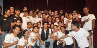 Shah Rukh Khan celebrates Children's Day at Kidzania – Photos