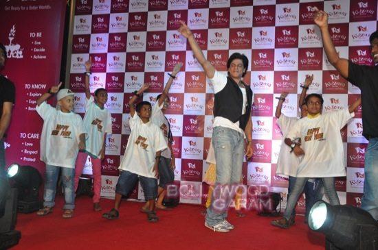 Shahrukh khan_kidzania childrens day-14