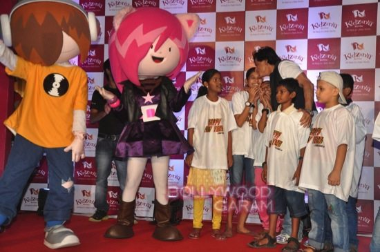 Shahrukh khan_kidzania childrens day-15