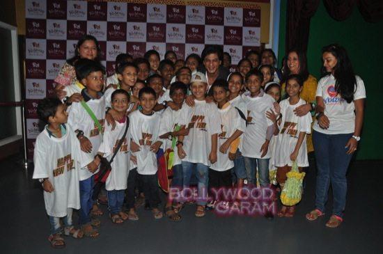 Shahrukh khan_kidzania childrens day-18