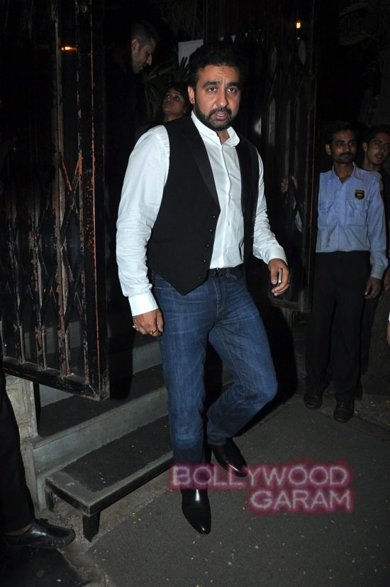 Shilpa shetty and Raj K_Tabu birthday-5