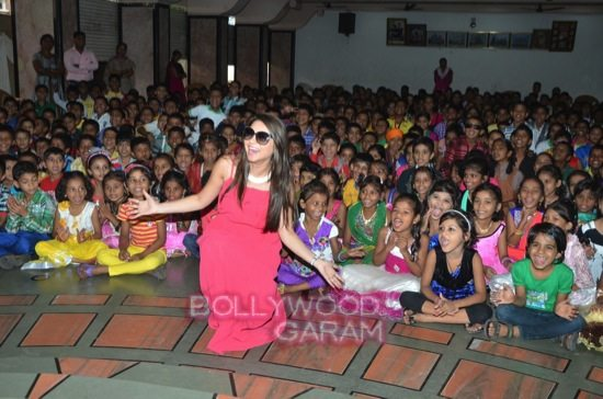 Sonalee Kulkarni celebrates childrens day-0